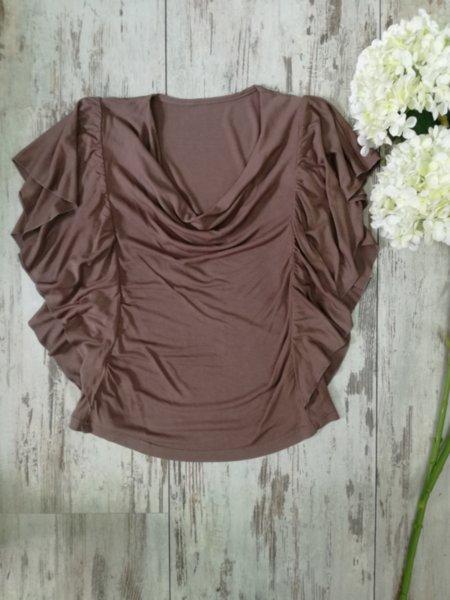 Дамска блуза с ръкав пеперуда
